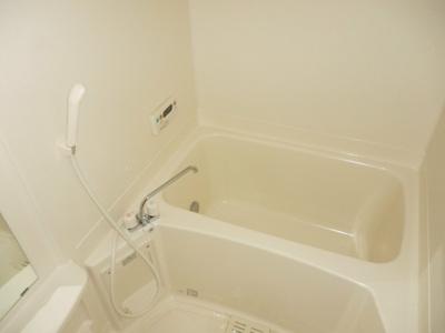 追い焚き・浴室乾燥機付きです(*^^)v