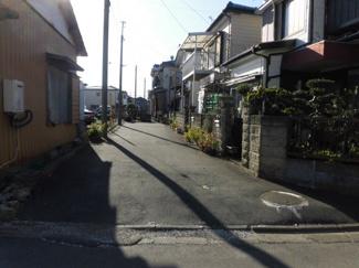 船橋市芝山 土地 高根木戸駅 前面道路も、生活用道路ですので、車通りも少なくお子様にも安心です。