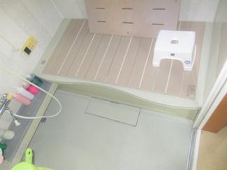 ゆとりある浴室になります。