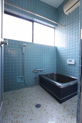 【浴室】温品3丁目戸建て