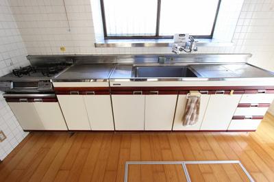 【キッチン】温品3丁目戸建て