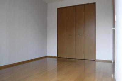 【寝室】パインズガーデン