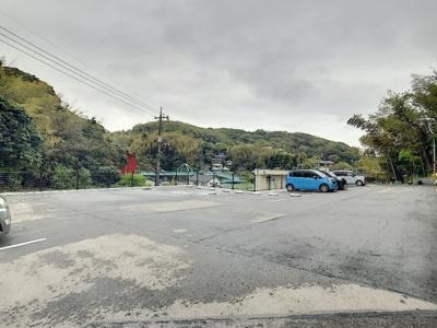 【駐車場】メゾンコリーヌ
