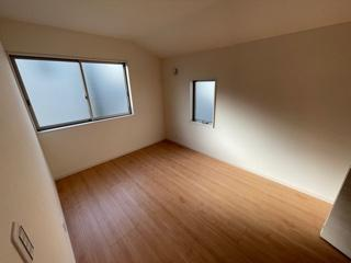 【洋室】緑区小坂2丁目 4号棟<仲介手数料無料>新築一戸建て