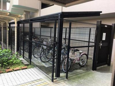 【駐車場】シャルマンコーポ朝霧