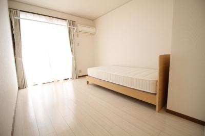 【寝室】セシル豊浜