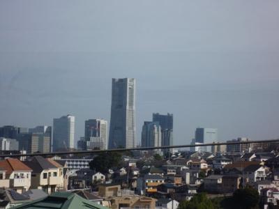 屋上から、横浜ランドマークタワー周辺が、よく見えます。