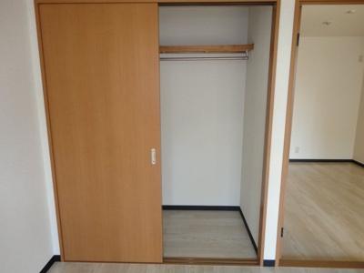 洋室6帖の収納スペース