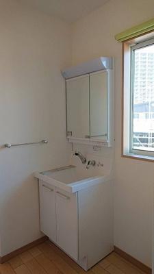 2階の洗面化粧台