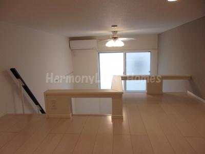 ハーモニーテラス栗原のロフト(寝室と使用しても収納と使用しても自由自在にアレンジできます)☆