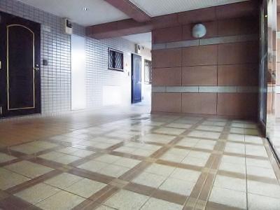 マンション内移動もラクラク可能なエレベーター付きです。