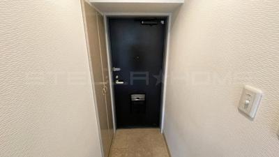 毎日通る玄関はこちらです。