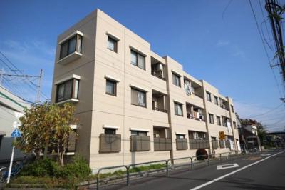 東京メトロ千代田線「北綾瀬」駅徒歩約7分、始発駅で通勤楽々。