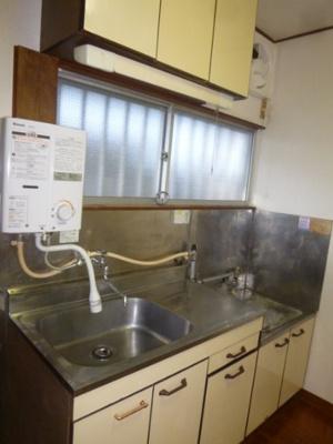 【キッチン】ハウス泉