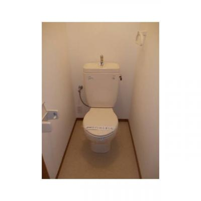 メゾンブルームのトイレ