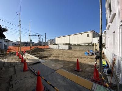 【外観】西谷駅から平坦、徒歩7分。全棟LDK15帖以上、南向きにつき陽当り良好♪保土ヶ谷区西谷町 全3棟新築戸建て