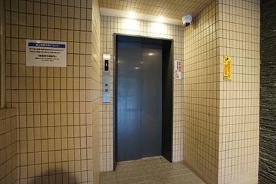 エレベーター付きのため、上階でも上り下りがらくらくです。