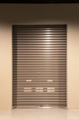 バイクガレージ※入口にオートロック、各部屋にも鍵付きです
