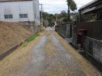 【前面道路含む現地写真】夜須町手結山