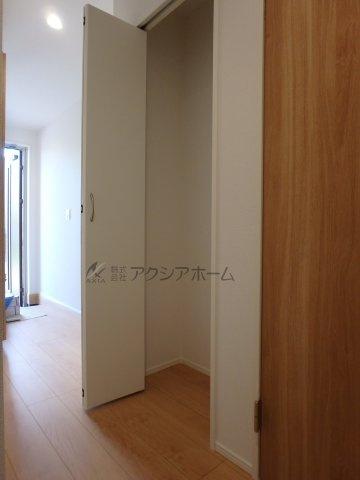 ホール収納スペース