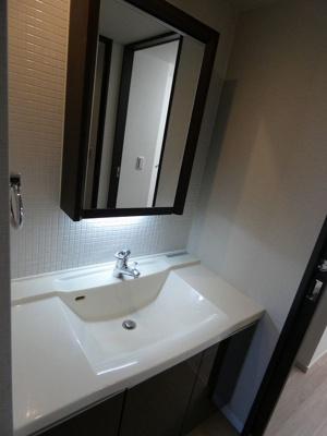 エクストール世田谷千歳 新規設置、独立洗面台