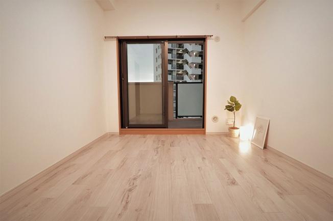 【洋室】ファミール東加賀屋かがやきの街 608号