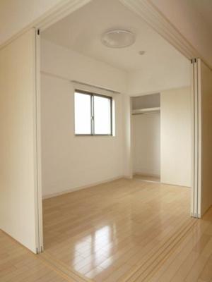 【寝室】GRANDUKE東別院