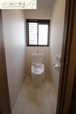 1階 ゆったりとした空間のトイレです