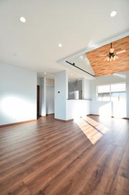 おしゃれな居間です 吉川新築ナビで検索