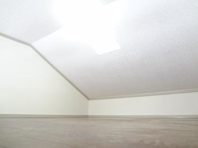 同じ間取りの違う部屋の写真です。 ロフト付き