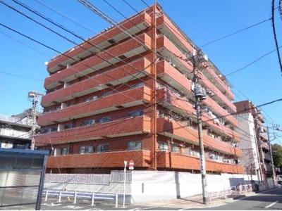 2駅3路線徒歩圏内、新耐震基準のマンションです。