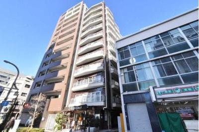 最寄駅徒歩約4分、4線8駅利用可能と便利な立地のマンション