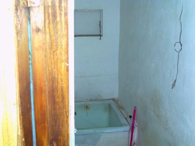 元風呂場。倉庫使用に便利