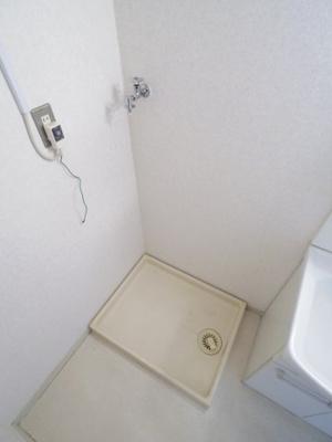 【参考写真】洗濯機置場
