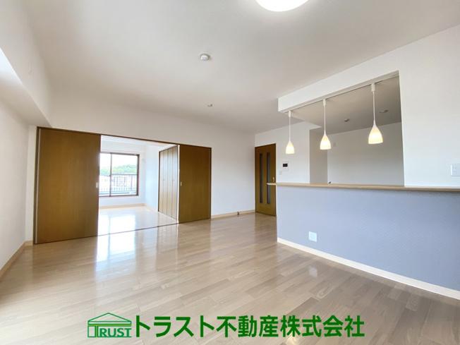 【居間・リビング】ル・セール西神戸壱番館