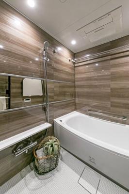 浴室はいつでも入浴可能な追い焚き機能付き