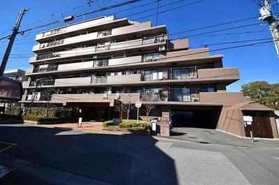 コスモ川口朝日町 7階建ての2階部分です。