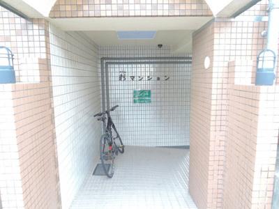 【エントランス】彩マンション