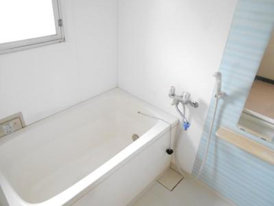 【浴室】湘南西部住宅2-3