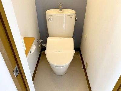 【現地写真】 清潔感溢れるトイレ、落ち着いた空間で安らぎのひとときをお過ごしいただけます♪