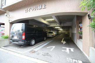 【駐車場】ロイヤル磯上