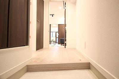 シューズボックスですっきりとした玄関スペース