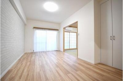 柱などが少なく家具の配置もしやすそうなお部屋です。