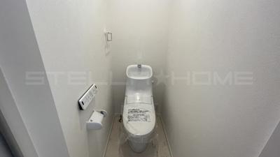 落ち着いた2階トイレです。