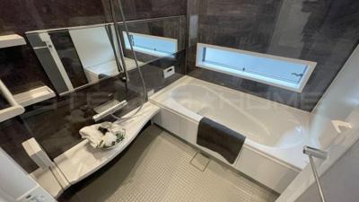 落ち着いた空間のお風呂です。