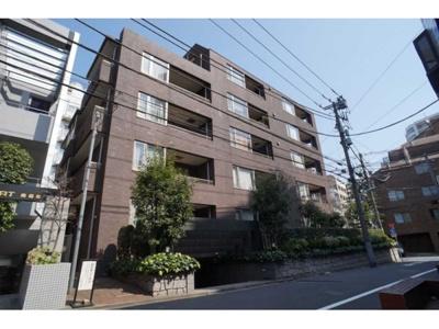 東京メトロ南北線や都営大江戸線など複数路線ご利用可能な立地です。