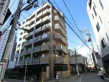平成7年建築のマンションです。