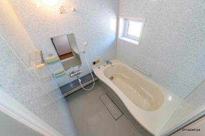 【浴室】ウィルモア小柴見