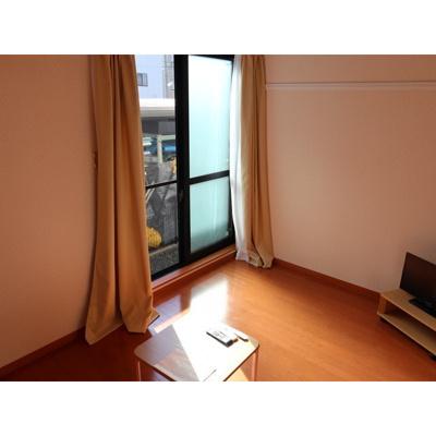 【玄関】レオパレスカーマ929