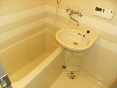 【浴室】アビィロードハウス